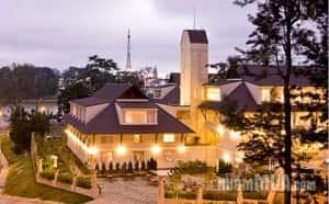 thiet ke khach san nghi duong BLUEMOON KHACH SAN DA LAT 2011111794912324 300x186 - Thiết kế khách sạn nghỉ dưỡng