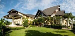 thiet ke khach san nghi duong Top 10 khach san hap dan tai cac thanh pho bien ivivu.com 5 300x143 - Thiết kế khách sạn nghỉ dưỡng