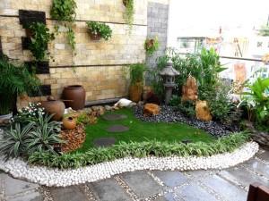 Thiết Kế Tiểu Cảnh Cho Biệt Thự Sân Vườn 11 300x225 - Tư vấn thiết kế sân vườn tiểu cảnh hòn non bộ đẳng cấp