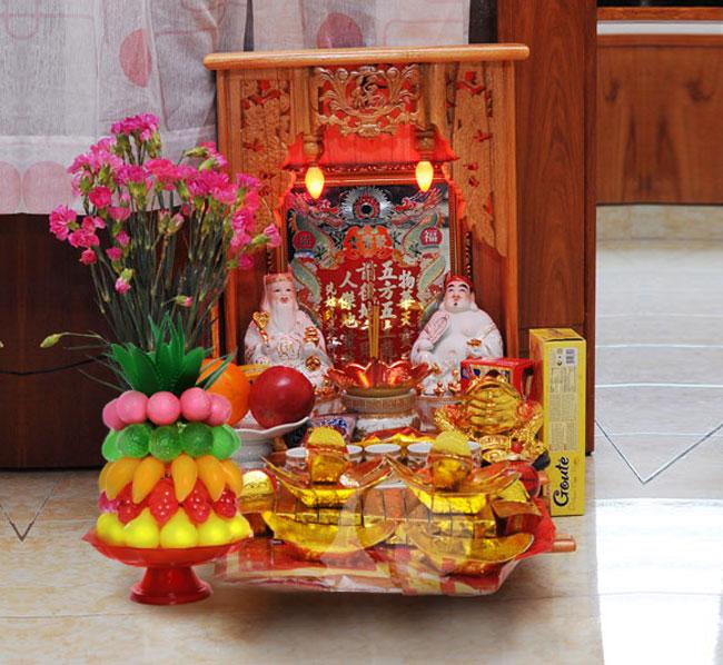 bàn thờ - Cách đặt bàn thờ thổ công, thổ địa thần tài