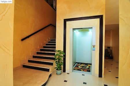 nha co thang may dep 1 - 20 Mẫu thiết kế nhà ống có thang máy đẹp với kiến trúc hiện đại