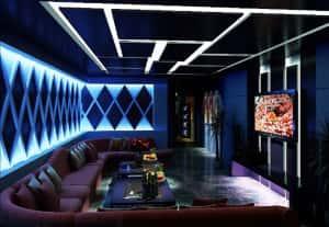 thiet ke phong karaoke 14 300x207 - Bộ sưu tập những mẫu thiết kế quán karaoke đẹp