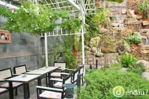 thiet-ke-quan-cafe-san-vuon-b