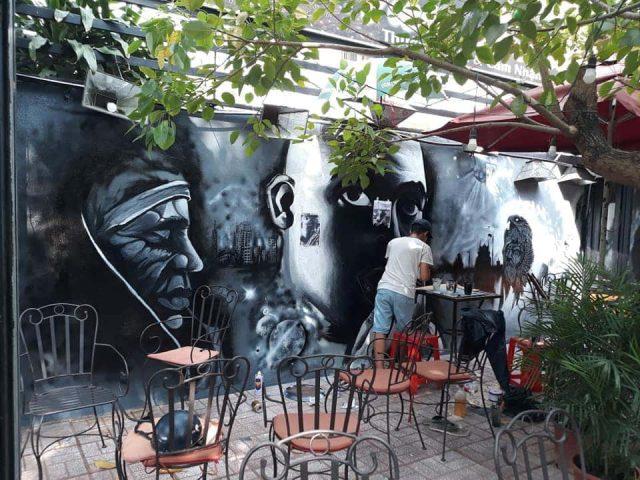 ve tranh tuong dep 15 e1619110299580 - Vẽ tranh tường quán Cafe 2d, 3d cực đẹp theo yêu cầu đảm bảo tiến độ