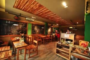 thiet ke quan cafe theo phong cach han quoc 10quancaphe 300x199 - Các dự án thiết kế quán cafe đã thực hiện theo phong cách Hàn Quốc