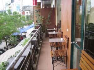 cafe moc cai ten noi len tat ca1 300x225 - Kiến trúc độc đáo quán Cà phê Mộc - B7 Trần Đại Nghĩa