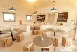 thiet ke quan cafe25 1 - Kiến trúc độc đáo quán Cà phê Phú Minh Anh