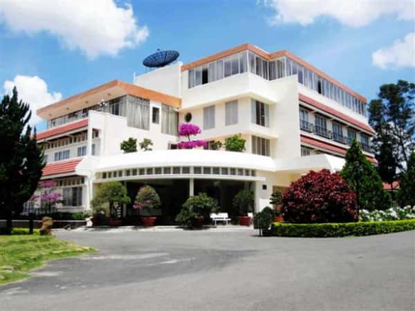 mau khach san nha nghi 051 - Thiết kế khách sạn 4 sao