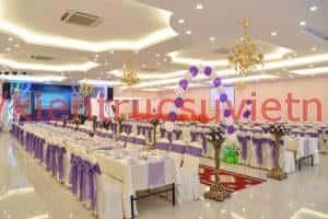 thiet ke nha hang tiec cuoi 6 300x200 - Trần thạch cao nhà hàng