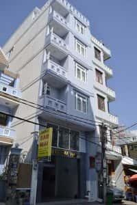 thi cong khach san 3 200x300 - Thi công khách sạn tại Đà Nẵng