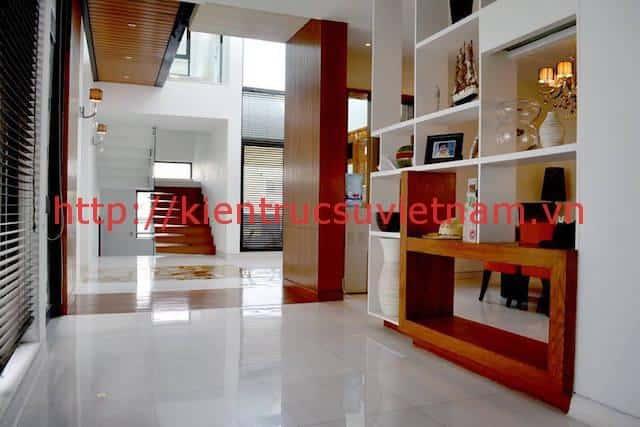 biet thu 3 tang hien dai gangui thien nhien 003 - Biệt thự 3 tầng với phong cách hiện đại gần gũi với thiên nhiên