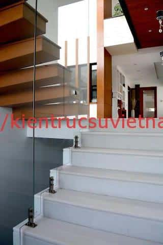 biet thu 3 tang hien dai gangui thien nhien 007 - Biệt thự 3 tầng với phong cách hiện đại gần gũi với thiên nhiên
