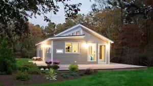 nha 1 tang vung nong thoi mai thai dep 1 300x169 - Nhà 1 tầng ở vùng nông thôn miền núi đẹp với 3 phòng ngủ