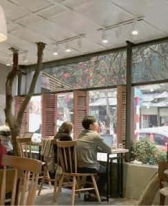 quan cafe dep qcfd01066 244x300 - Mẫu quán cafe để học bài ở Hà Nội