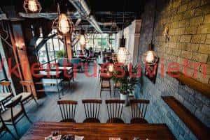 quan cafe chup anh 300x201 - Quán cafe sách yên tĩnh ở Hà Nội