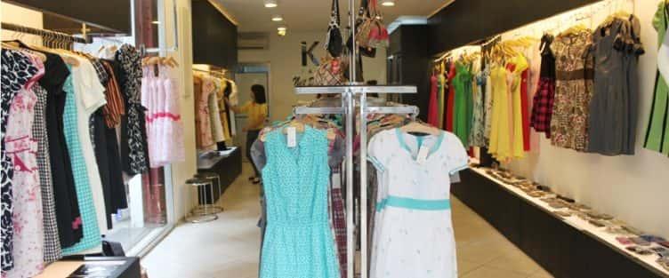 Tư vấn thiết kế nội thất shop thời trang nữ