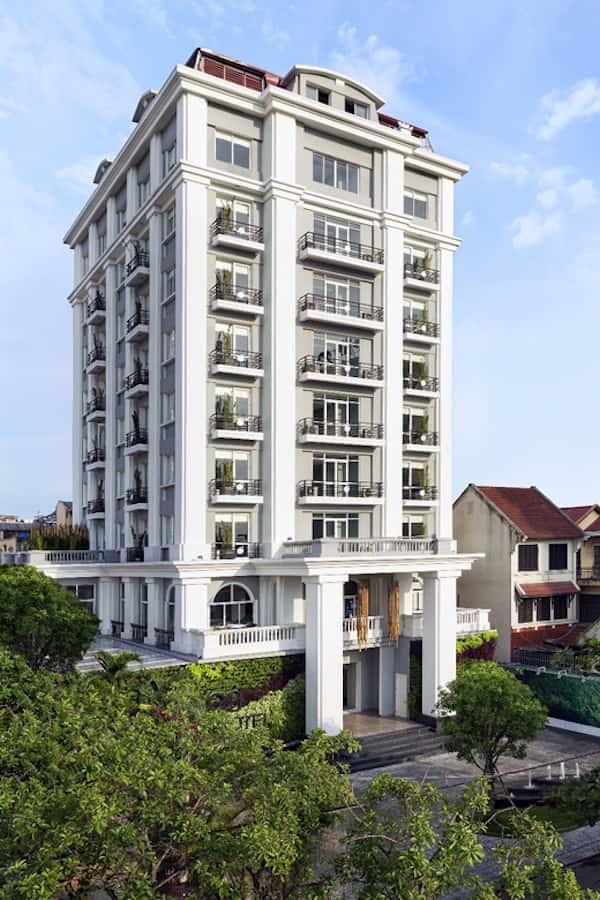 khach san co dien 20 - Thiết kế khách sạn cổ điển sang trọng