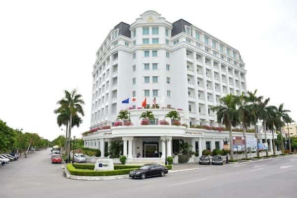khach san co dien 22 - Thiết kế khách sạn cổ điển sang trọng