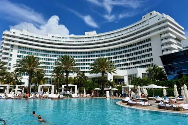 thiet ke khach san bien 6 - Thiết kế khách sạn biển đẹp và sang trọng