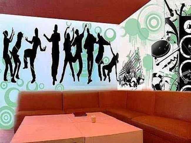 ve tranh tuong quan karaoke 002 - Vẽ tranh tường phòng Karaoke