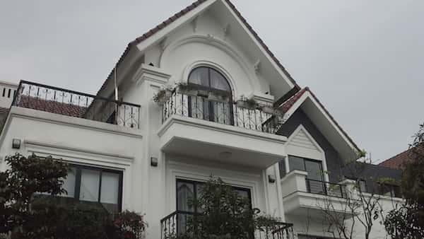 thiet ke biet thu dep 13 - 57 Mẫu thiết kế nhà mái thái đẹp nếu làm nhà các bạn nên tham khảo, mát phù hợp khí hậu nhiệt đới