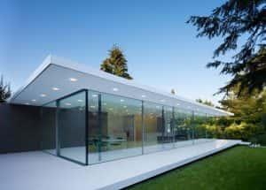 tu van xay nha bang kinh cuong luc dep 300x215 - Tư vấn xây nhà bằng kính cường lực đẹp.