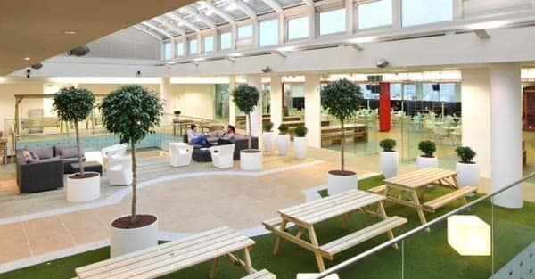 Ấn tượng với những mẫu thiết kế nội thất văn phòng đẹp, giá rẻ