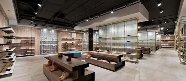Thi công và thiết kế nội thất showroom chuyên nghiệp