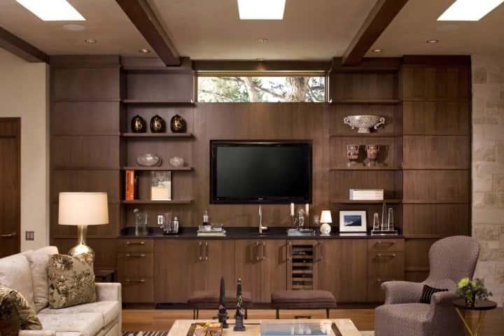 trang trí tường phòng khách bằng gỗ