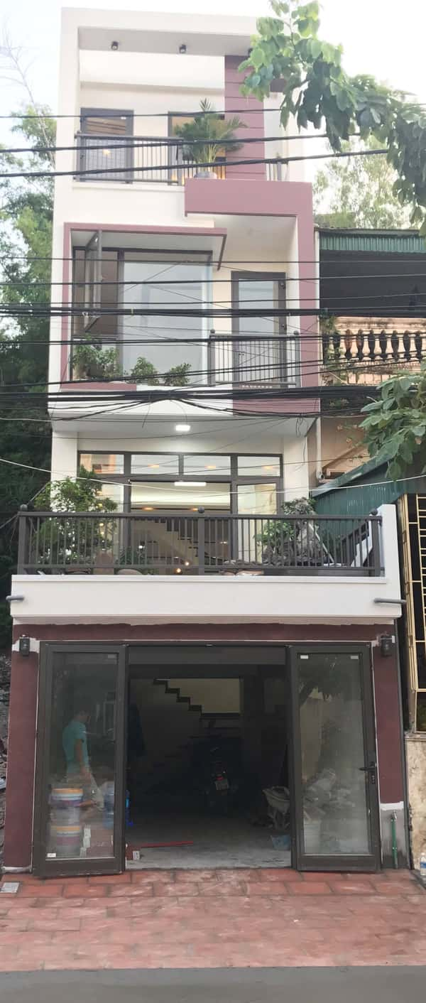 xay nha 4 tang 2 - Xây nhà 4 tầng dành riêng tầng 2 làm tiểu cảnh bonsai cực chất