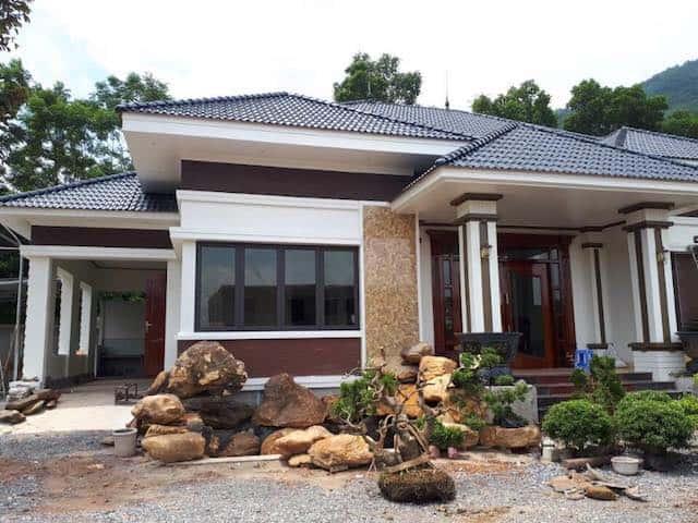 biet thu 1 tang mai thai 1 - Công trình biệt thự 1 tầng sân vườn đẹp kiến trúc mái thái
