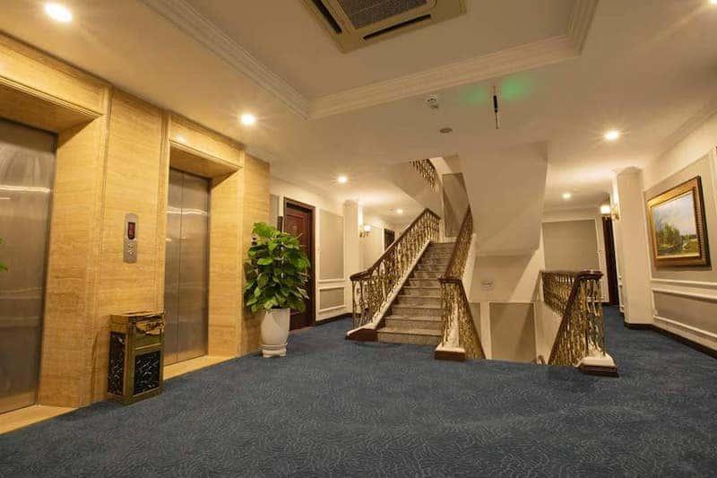sanh khach san - Thiết kế khách sạn phong cách Pháp