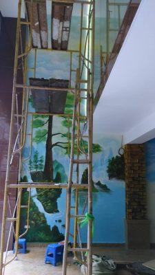 tranh tuong gieng trơi 225x400 - Vẽ tranh tường giếng trời