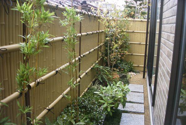 hàng rào trúc cho kiến trúc hiện đại 597x400 - hàng rào đẹp