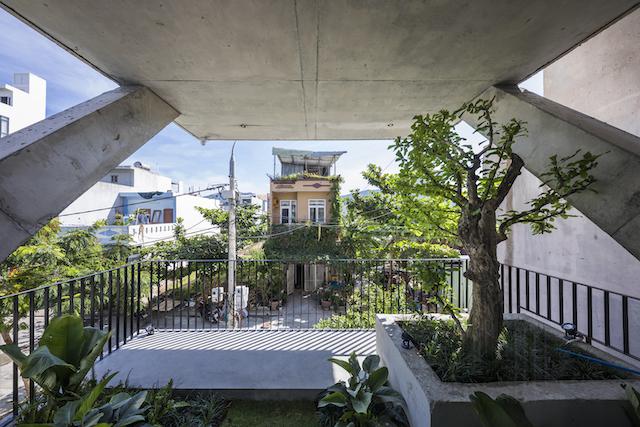 thiet ke nha dep 0443 - The Concrete House 01 / Ho Khue Architects: Ngôi nhà 4 tầng với diện tích lô 5m x 16m