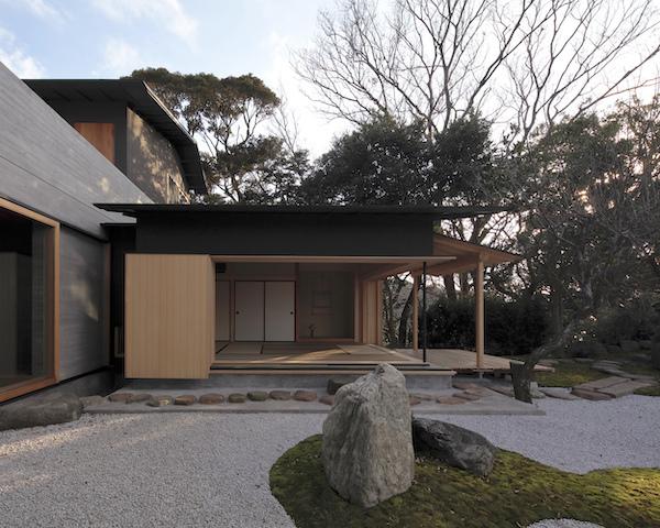 biet thu kieu nhat ban T3 026 - Ngôi nhà kết hợp giữa yếu tố truyền thống và hiện đại của cặp vợ chồng Nhật Bản