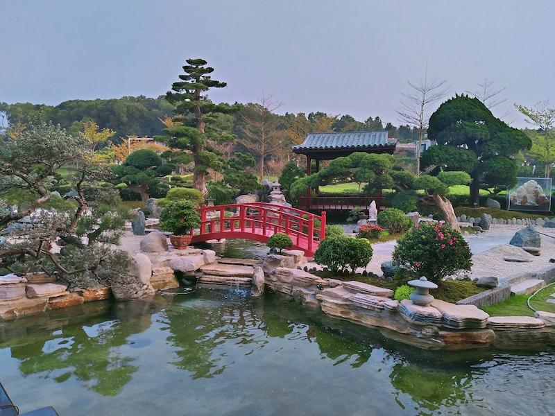 thiet ke thi cong san vuon z2481521213634 a97f41fc6fe9f722f7d7a7440857d361 - Thiết kế nhà kiểu Nhật đẹp
