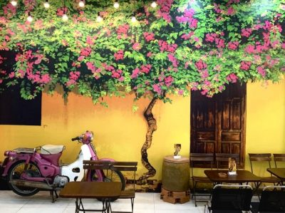ve tranh tuong hoa giay 3 400x299 - Vẽ tranh tường hoa giấy đẹp ấn tượng trang trí nhà hàng, cafe